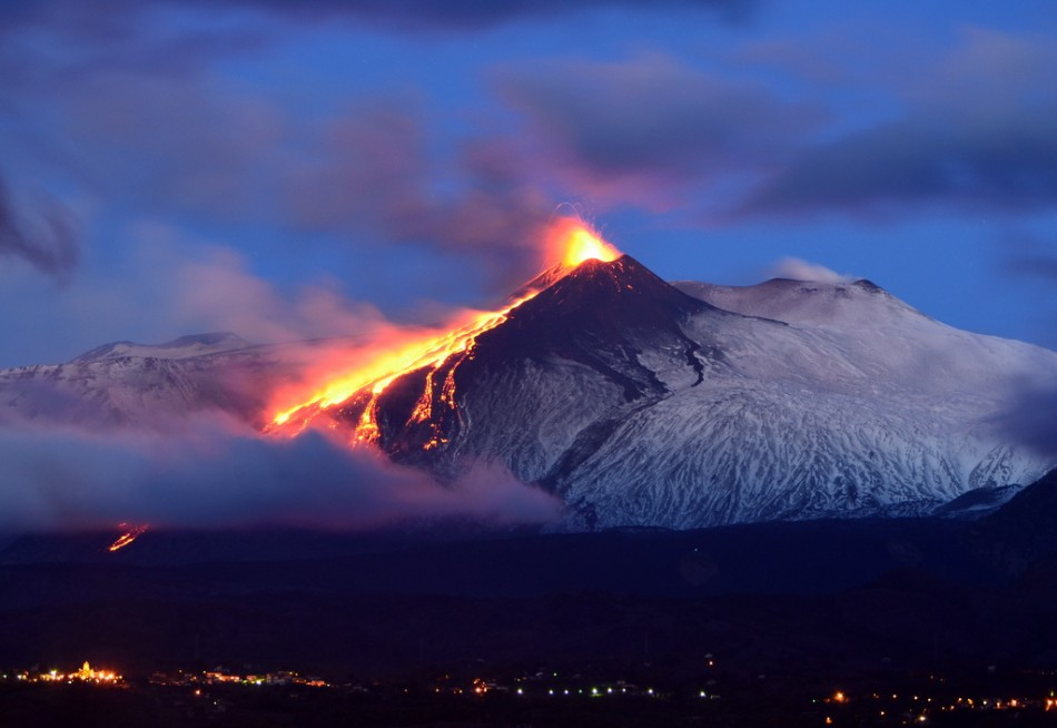 etna-erupts