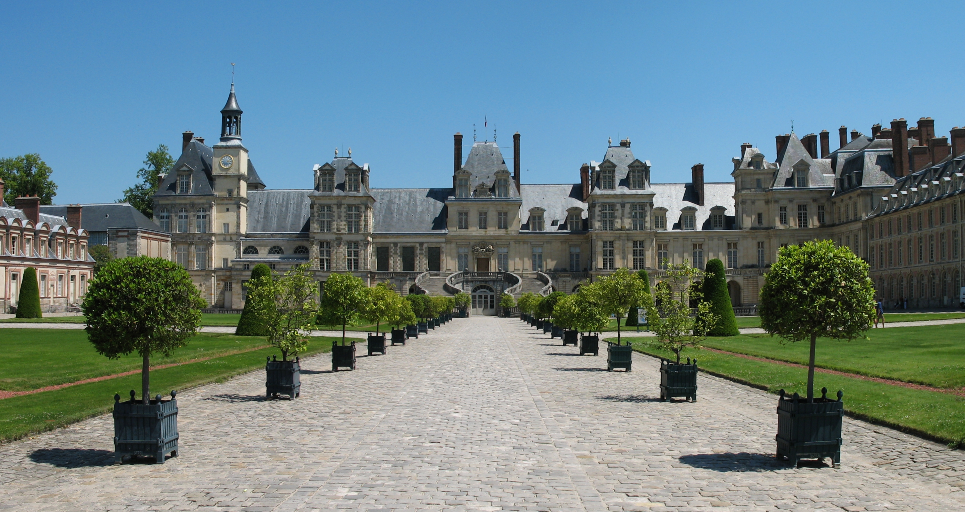 Fontainebleau_schloss_04