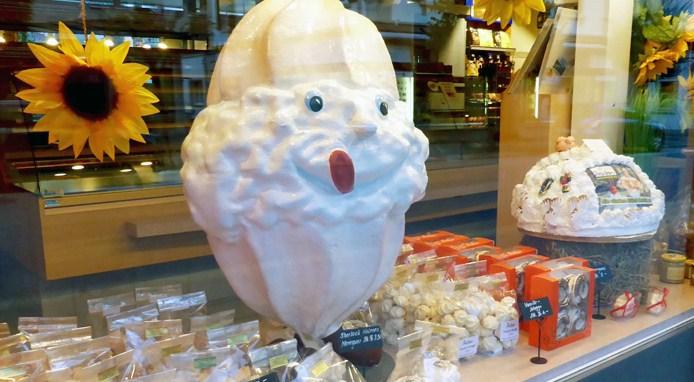 Untours_Meiringen_bakery-meringues